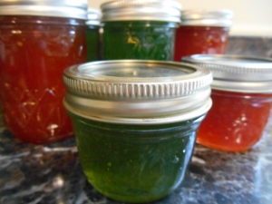 Hot Pepper Jelly... for my 'Hot Little Mama'